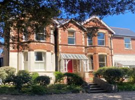 LET AGreed   Cyprus Road, Exmouth                                                                           £980p.c.m