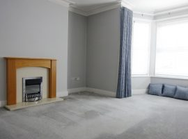 TO LET      Imperial Road, Exmouth                                                                            £750 p.c.m