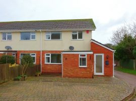 TO LET     Sylvan Close Exmouth                                                                            £895.00 p.c.m