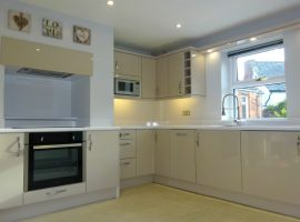 TO LET - Lympstone - three bed house