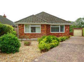TO LET - detached bungalow, Rivermead