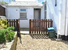 To Let               Raleigh Road, Exmouth                                                                                     £650.00 p.c.m