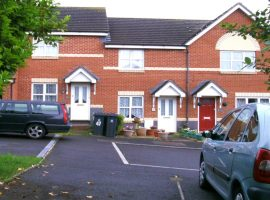 TO LET - 2 bed house, Exmouth                                                 £745 p.c.m.