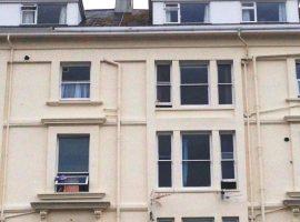 LET Agreed  Maisonette, 2 Bedrooms & parking                 £695 p.c.m.